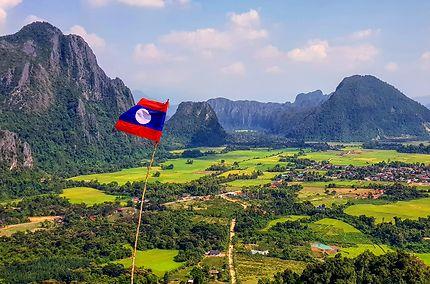 Vang Vieng et ses fameuses montagnes kharstiques