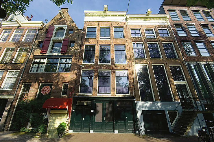 Se balader le long des canaux d'Amsterdam