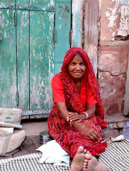 Une belle rencontre sur un trottoir du Rajasthan