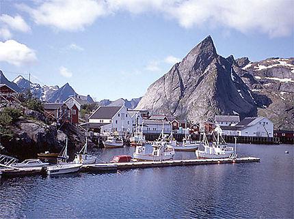 Le port de Reine