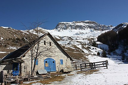 Cabane des Mulets à Seyne les Alpes