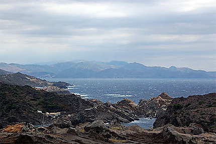 Montagne et mer à perte de vue
