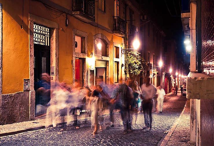 Lisbonne la nuit, au Bairro Alto et sur les Docks