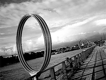 Nantes - Ile de Nantes, anneaux de Buren