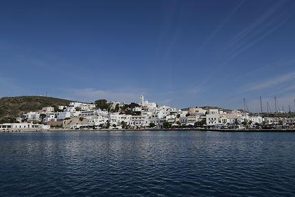 Port de Milos