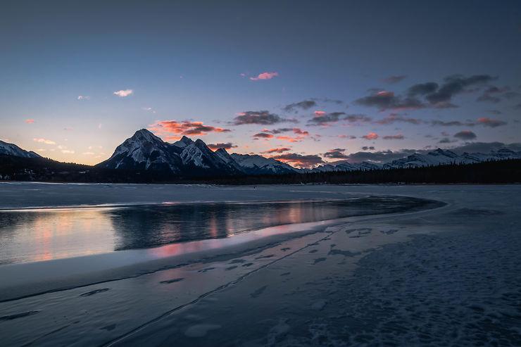 Lever de soleil sur Abraham Lake, Alberta, Canada