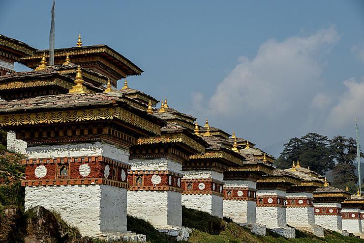Dochula Pass et ses 108 stupas, Bhoutan