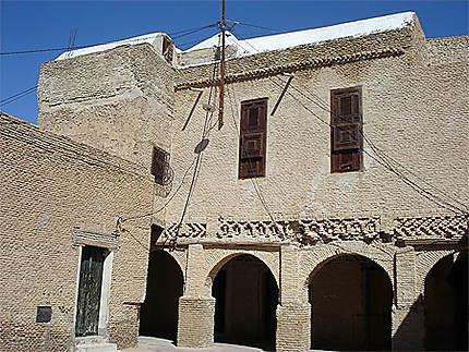 Architecture traditionnelle en briques d'argile