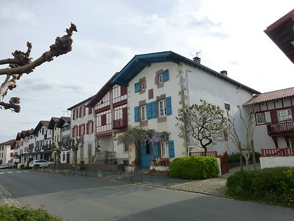 Unique maison bleue d'Ainhoa