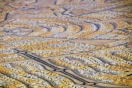 Nouvelles cités d'Abu Dhabi vues d'avion
