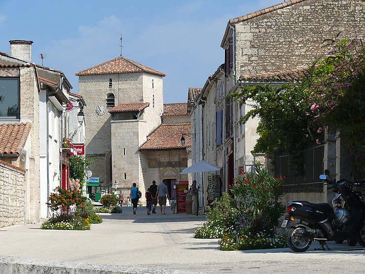 Deux-Sèvres : dans les villages du Marais mouillé