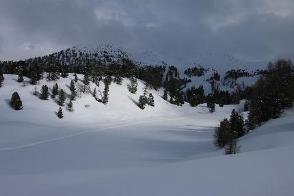 Lac du miroir sous la neige