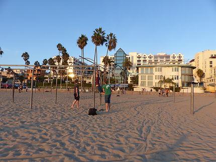Immense plage de Monica Beach