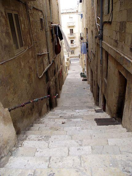 Rue en escalier la Valette