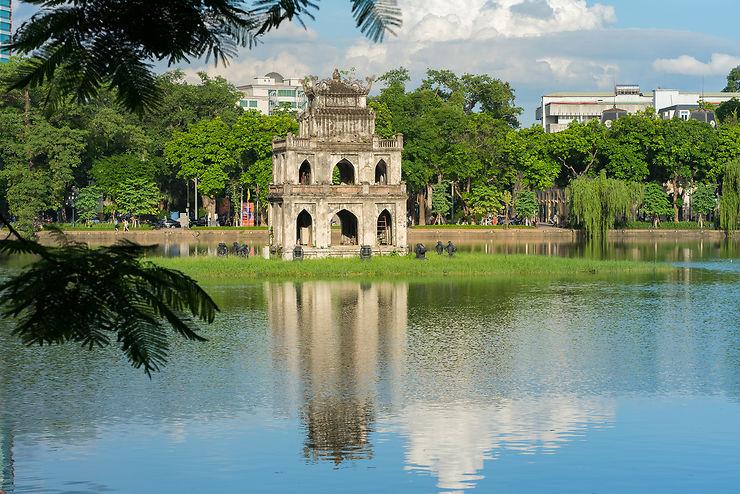 Balade autour du lac Hoàn Kiếm