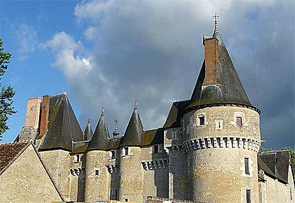 Château de Fougères S/Bièvre