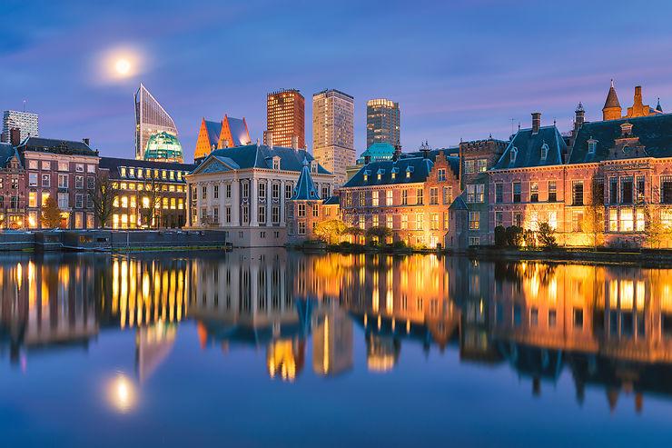 Allez à La Haye !