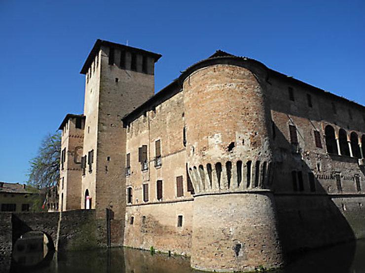 La chartreuse de Parme et les châteaux