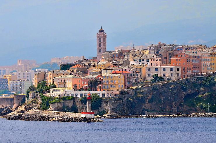 Aérien - Transavia ouvre 6 lignes vers la Corse à partir de 39 € par vol