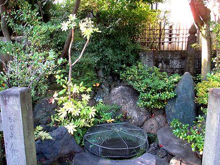 Puits historique au temple Sengaku-ji