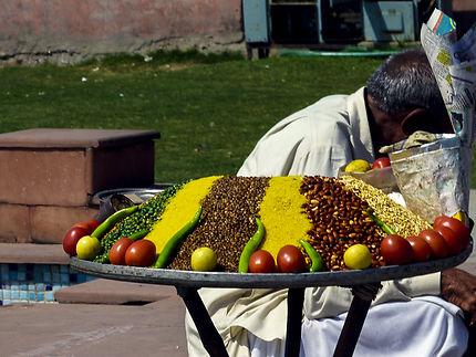 vendeur ambulant (en-cas) à Jodhpur, en Inde