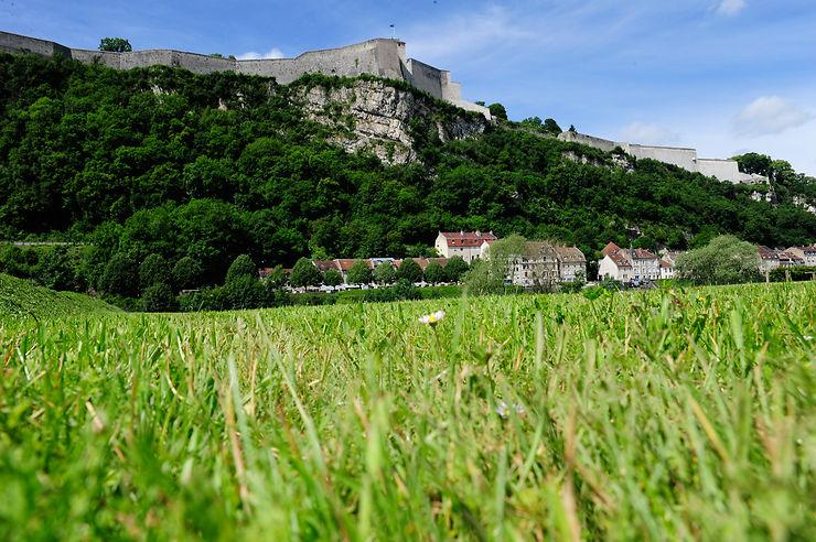 Besançon, la douceur de vivre en été
