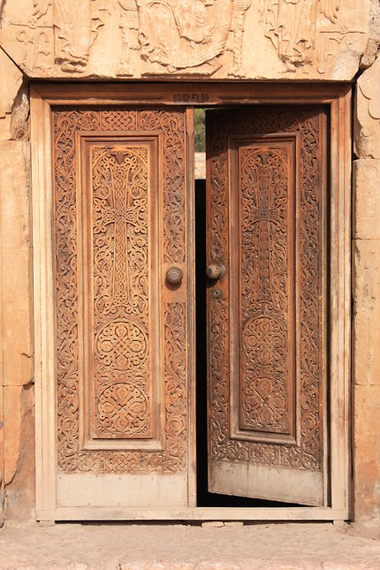 Porte au monastère de Noravank, Arménie