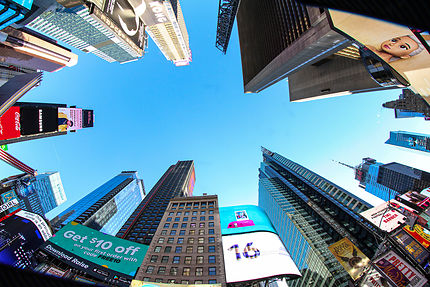 SKY IN Times Square