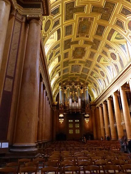 Orgues gigantesques de la cathédrale de Rennes