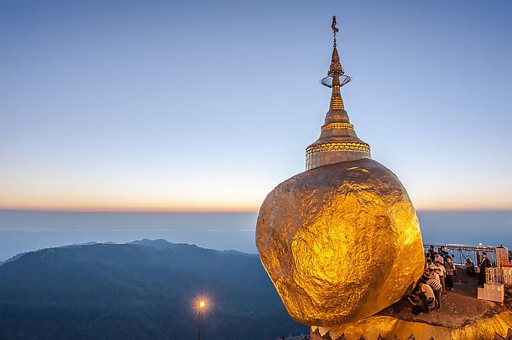 Kyaik-Hti-Yo ou le Rocher d'Or (Birmanie)