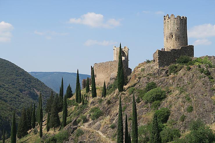 Cabardès : les 4 châteaux de Lastours