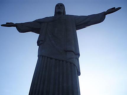 La statue du Christ rédempteur qui domine Rio