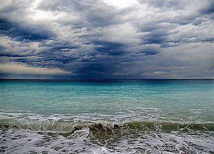 Menton, ciel d'orage