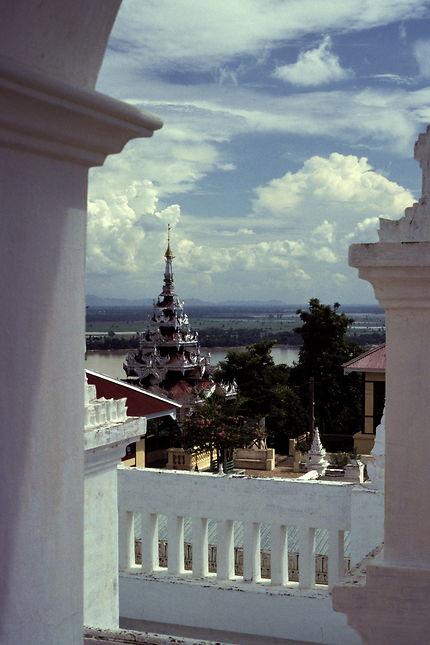 Un des temples de la colline de Sagaing
