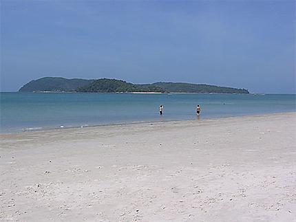 La plage vide au réveil