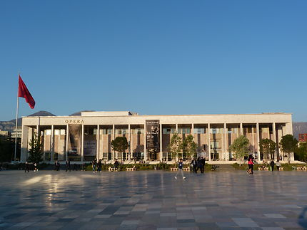 Tirana, en Albanie