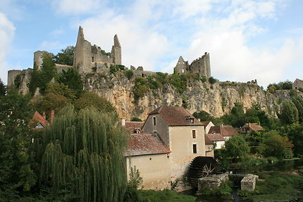 Château médiéval d'Angles-sur-l'Anglin