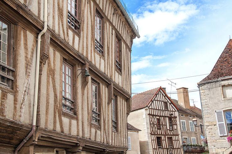 Noyers-sur-Serein, l'un des plus beaux villages de France