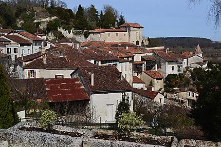 Le vieux village d'Aubeterre-sur-Dronne