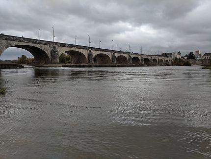 Pont entre les rives