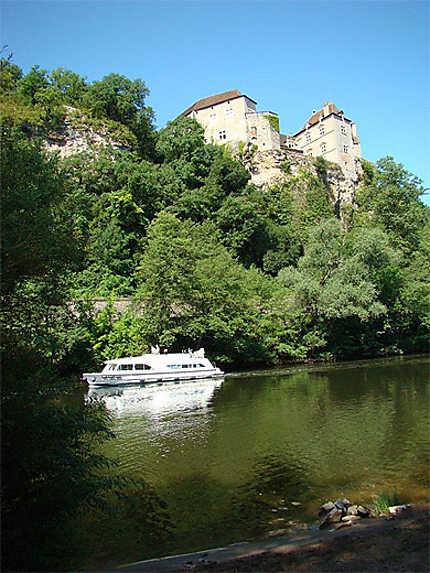 Château de Cènevières