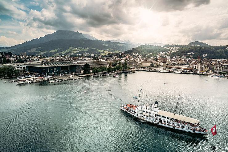 Lucerne et Lugano : deux visages de la Suisse