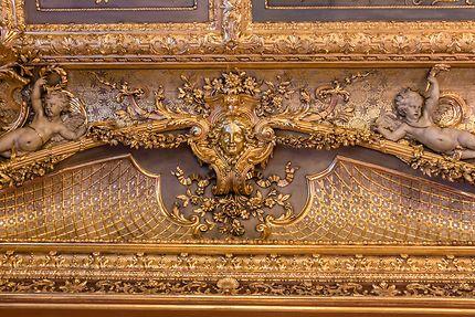 Le Louvre, plafond sculpté