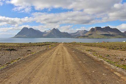 La route vers Isafjordur