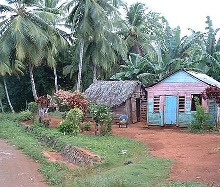 Maisonnettes en direction de Playa Rincon