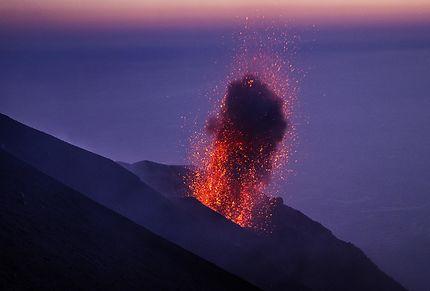 Éruption au Stromboli