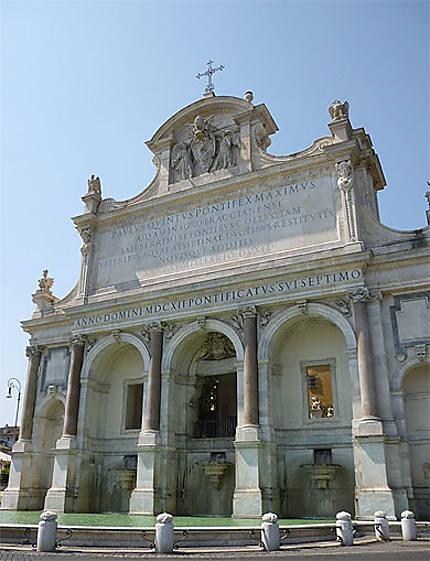 Fontana Paolina