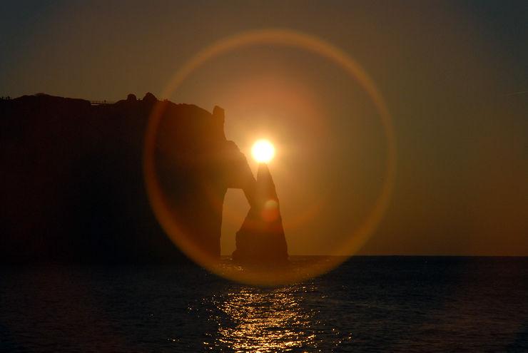 Coucher de soleil sur l'Aiguille d'Etretat, Normandie