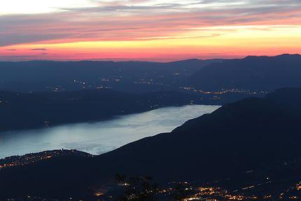 Lac du Bourget dans les Alpes