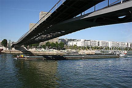 Passerelle Simone-de-Beauvoir